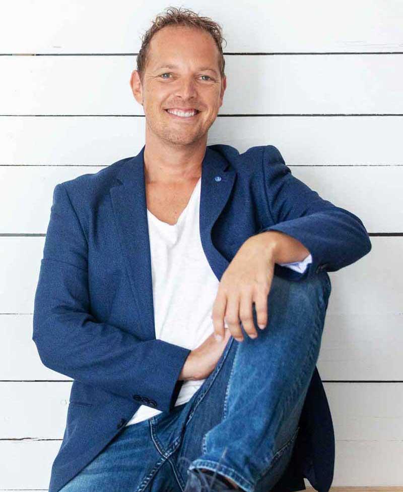 Norman Gräter - Freier PR Berater & preisgekrönter Storyteller